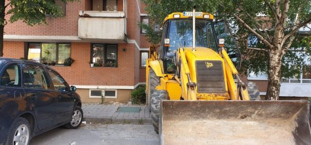 U toku radovi na sanacija kvara i zamjeni dotrajalih kanalizacionih cijevi u MZ Ilijaš Grad